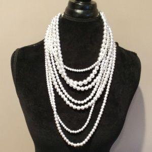 Jewelry - Muti-layered multi-length Necklace w/earings